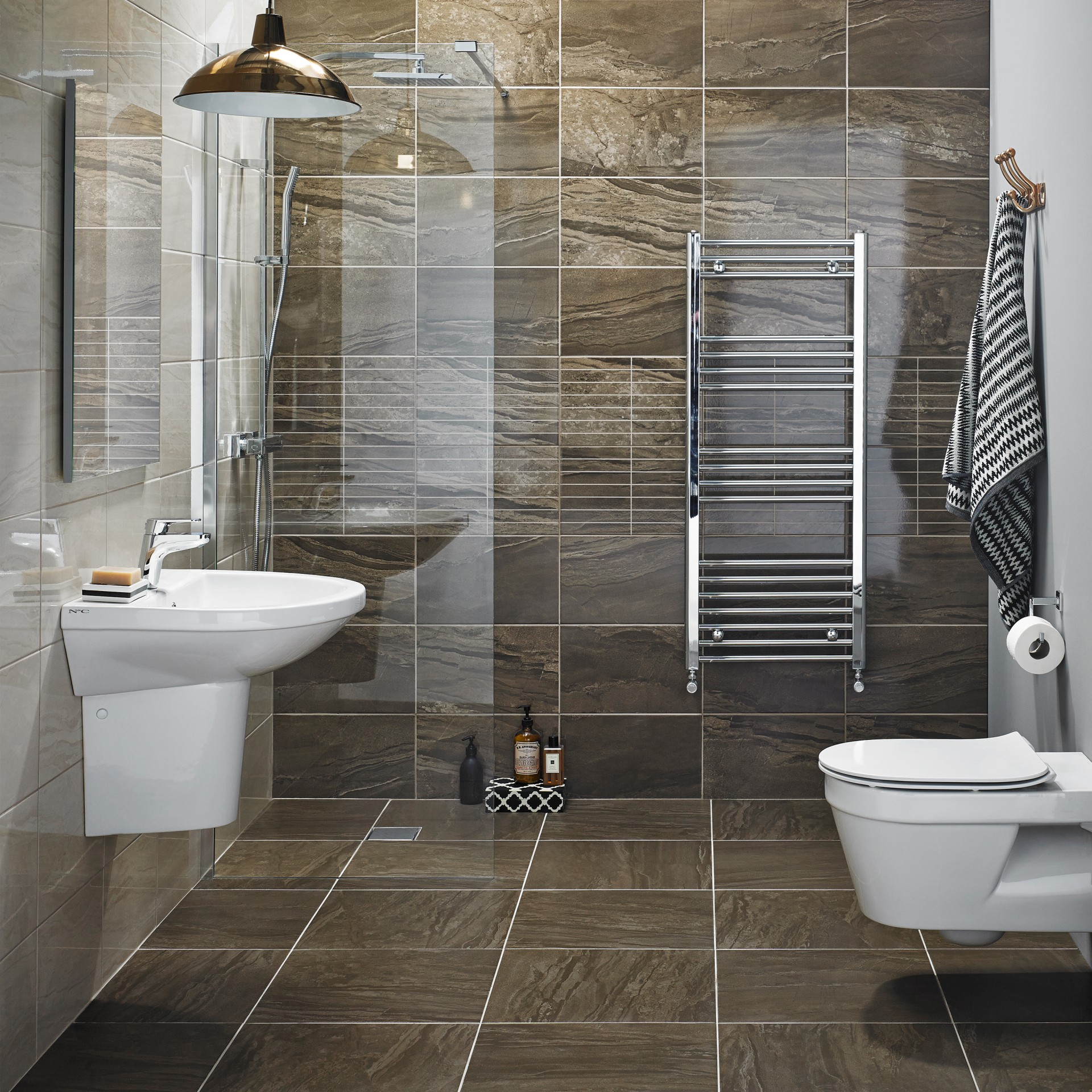 N c tiles and bathrooms for Tiling ideas for bathrooms